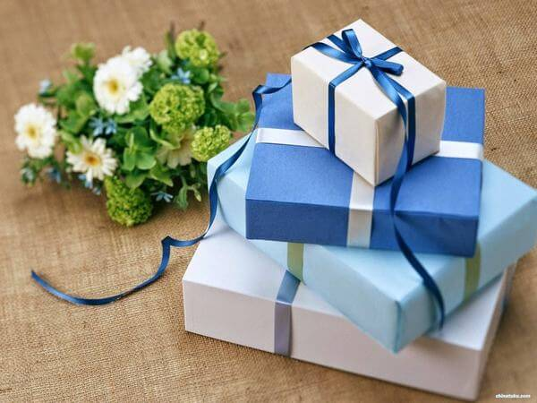 Những món quà nhỏ gửi lời tri ân tới khách hàng