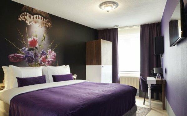 Sắc tím thơ mộng tạo nên vẻ đẹp lãng mạn cho phòng ngủ