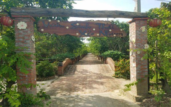 Vườn sinh thái nhìn từ bên ngoài vào