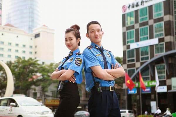 Nhân viên an ninh trong khách sạn