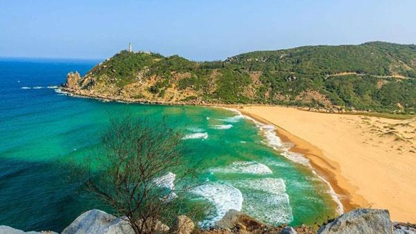 Kinh nghiệm phượt bãi Môn – Bãi biển HOT nhất Phú Yên