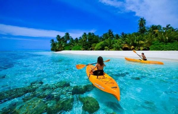 Chèo thuyền Kayak cũng là trải nghiệm rất đáng để thử