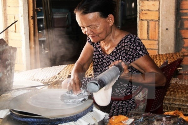 Nghề làm bánh tráng tại xứ Quảng