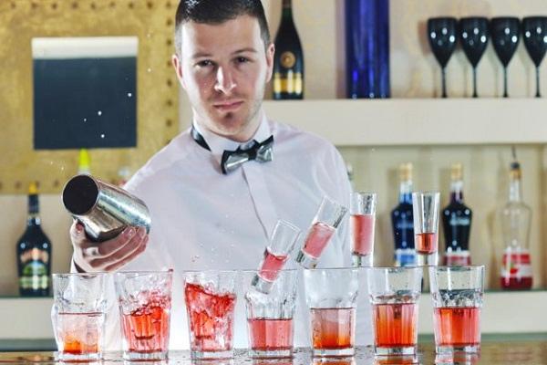 Bar trưởng là gì ? Khám phá những sự thật về Bar trưởng