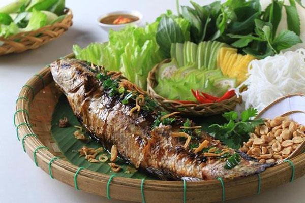 Cá lóc nướng trui - Món ngon Cần Thơ, đặc sản đồng quê độc đáo