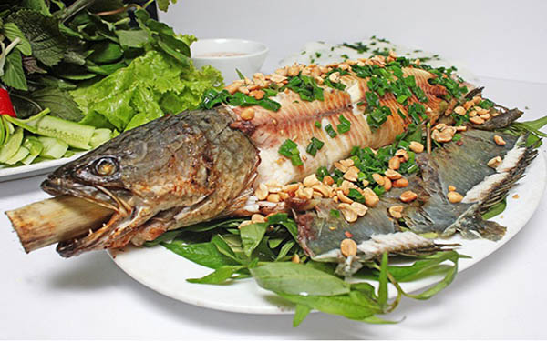 Ghé đất Cần Thơ thử cá lóc nướng trui – đặc sản đồng quê độc đáo