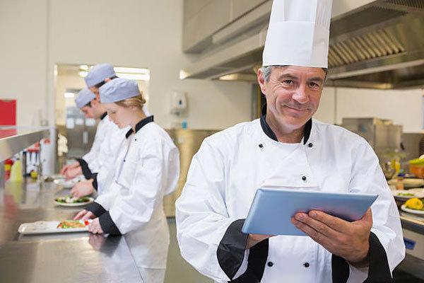 Chef de partie cũng cần có kỹ năng quản lý nhân sự