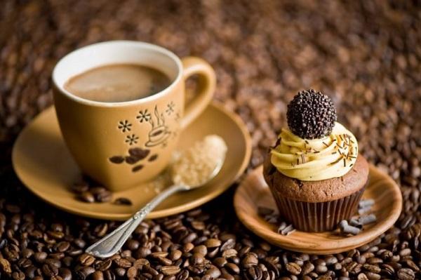 Nếu giữ được càng nhiều protein và melanoidins bao bọc trong hạt cà phê thì lượng crema càng nhiều và giữ được lâu