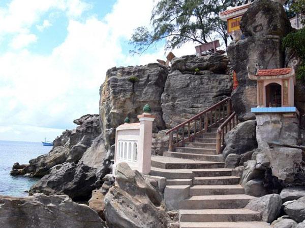 29 bậc thang đưa bạn đến Dinh Cậu