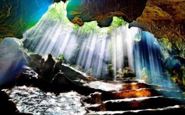 Thăm động Thiên Hà huyền ảo, diệu kỳ nổi tiếng đất Ninh Bình