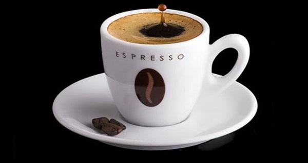 Trong tiếng Ý Espresso nghĩa là cà phê có thể được phục vụ cho khách hàng