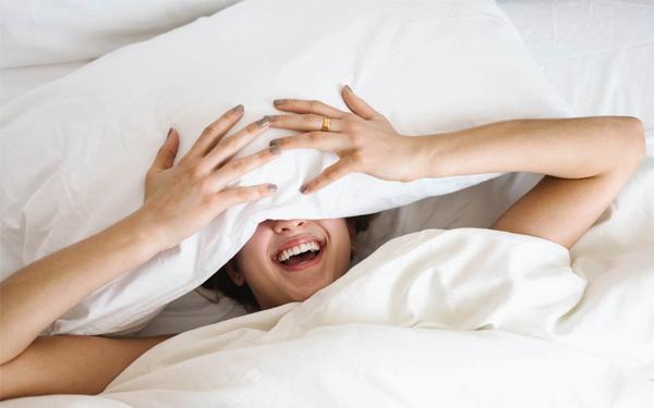 Chiếc gối tựa vuông thích hợp để mang đến giấc ngủ khoa học hơn hẳn