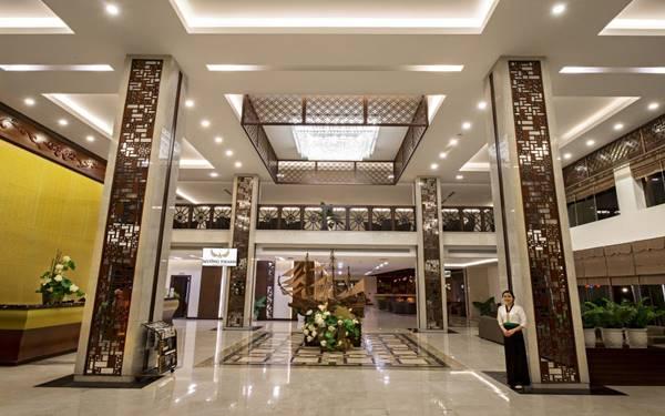 kích thước quầy lễ tân khách sạn
