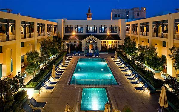 Ngành công nghiệp dịch vụ kinh doanh khách sạn cần gì?