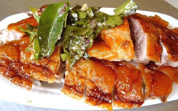 Lợn quay lá mắc mật Lạng Sơn: Hương thơm đưa lối, vị ngon có cưỡng
