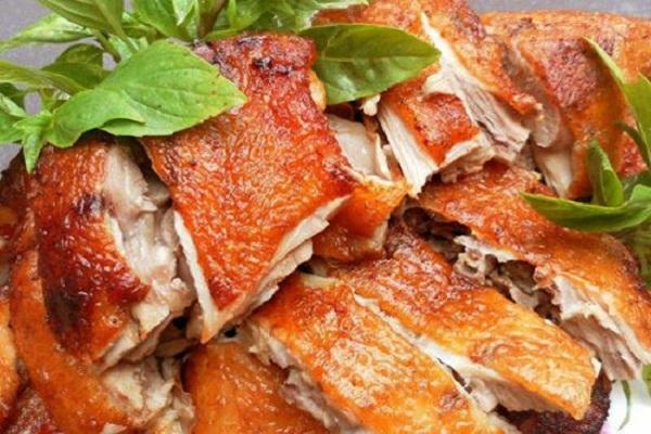 Món lợn quay mắc mật xứ Lạng mang theo sự giao thoa ẩm thực giữa Trung Quốc và Việt Nam
