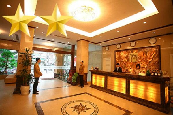 Tiền sảnh khách sạn 2 sao