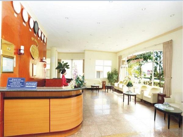 Mẫu tiền sảnh khách sạn 2 sao đẹp