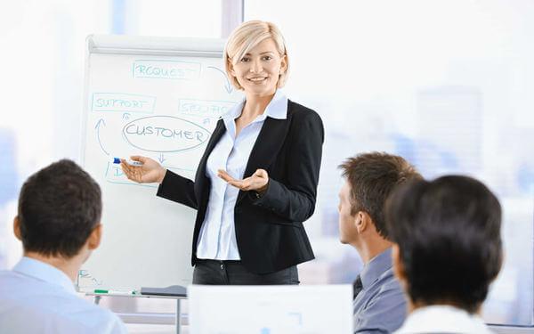 """Nhân sự khách sạn: Khái quát công việc của bộ phận quản trị """"con người"""""""