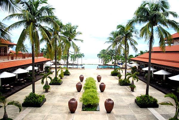 Bày trí không gian xanh trong resort là rất quan trọng