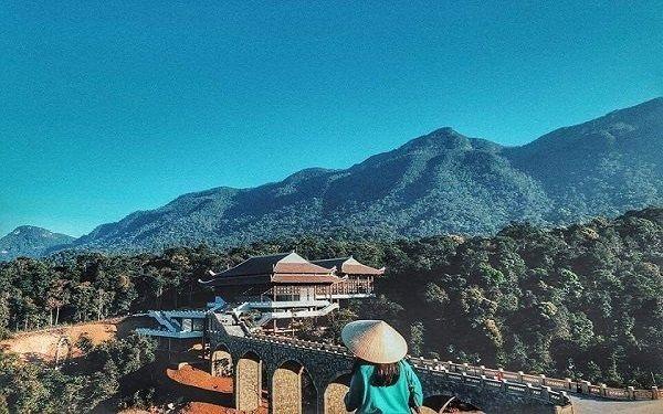 Share kinh nghiệm hành hương lên núi Yên Tử tìm về cõi phật linh thiêng