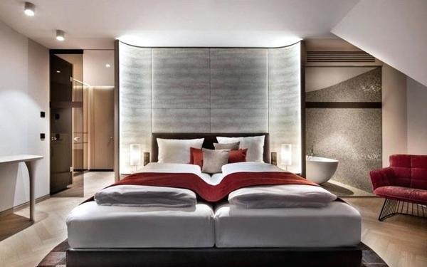 Thiết kế vòng cung ôm trọn giường ngủ tạo vẻ đẹp độc đáo
