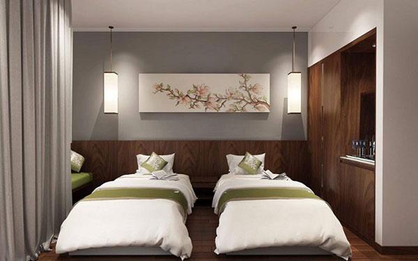 Gam trầm giúp phòng ngủ 2 giường trở nên ấn tượng hơn