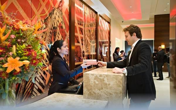 Quản trị lễ tân là gì? Những điều bạn cần biết về quản trị lễ tân khách sạn