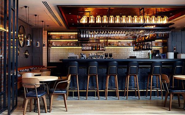Thiết kế quầy bar khách sạn đẹp không khó nhờ bí quyết siêu độc