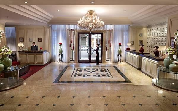 các mẫu quầy lễ tân khách sạn 5 sao đẹp