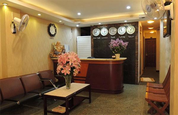 Quầy lễ tân khách sạn 1 sao trên địa bàn tp HCM