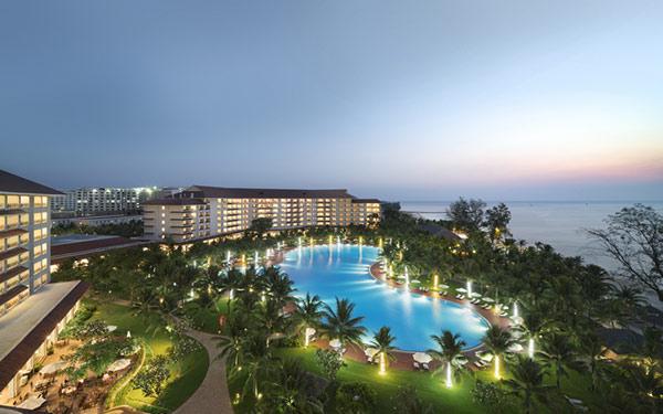 Vinpearl Resort & Spa Phú Quốc tọa lạc tại Bãi Dài, xã Gành Dầu. Khu nghỉ dưỡng cách sân bay Phú Quốc khoảng 32,7 km.