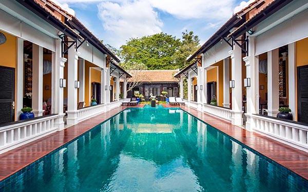 Top 4 resort Sài Gòn ngay ngoại ô vừa sang chảnh mà giá lại cực mềm