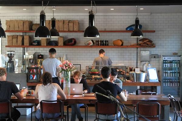 Bắt nguồn từ nước Ý cái nôi Café - Take Away nghĩa là mang đi