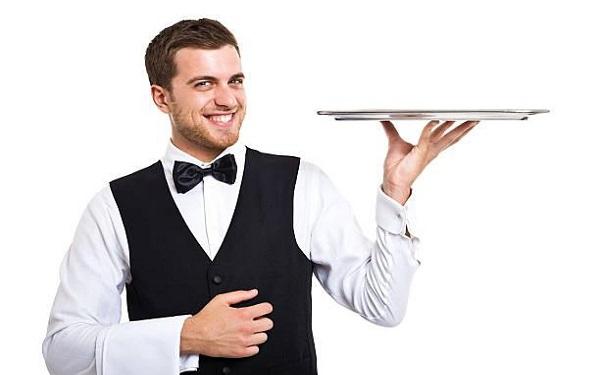 Waiter là gì? Công việc của waiter là gì, có khó không?