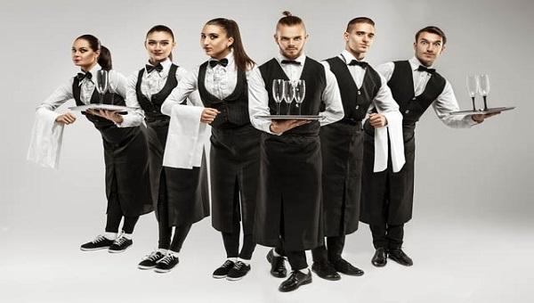 Nhiệm vụ của waiter là gì?