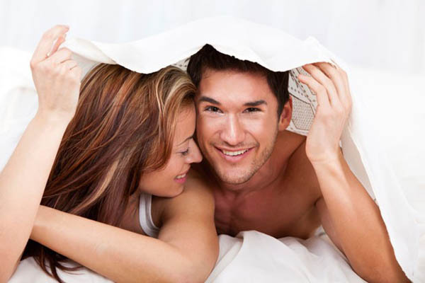 """Tấm bed runner được dùng trong """"chuyện ấy"""""""