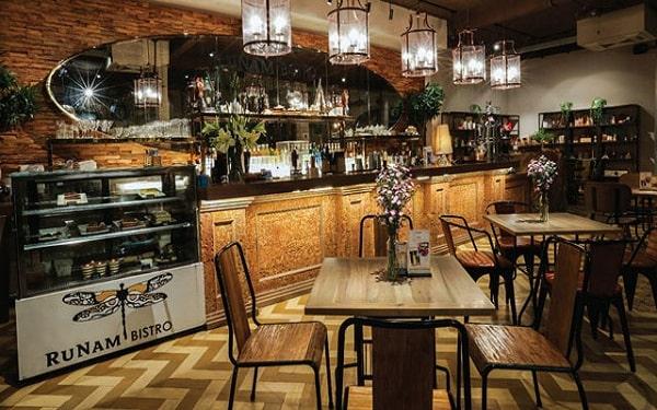 Không gian nhà hàng sang trọng, tinh tế của nhà hàng Runam Bistro
