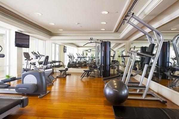 Phòng tập gym được trang bị đầy đủ thiết bị phòng tập hiện đại