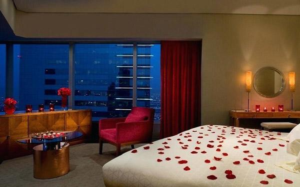 Cách trang trí phòng Honey moon trong khách sạn lãng mạn nhất