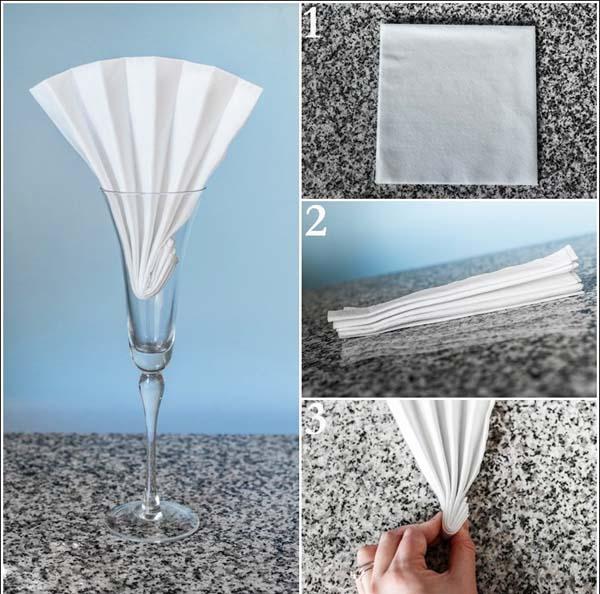 Khăn giấy vào ly theo hình quạt đứng