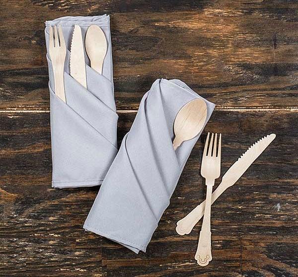 Cách xếp khăn giấy để đũa nhiều ngăn