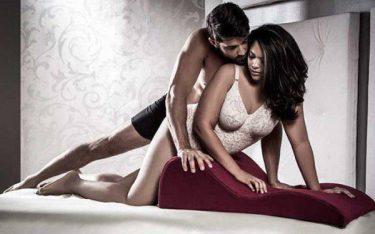 Ghế tình yêu mini dễ thăng hoa tăng khoái cảm tạo mới lạ