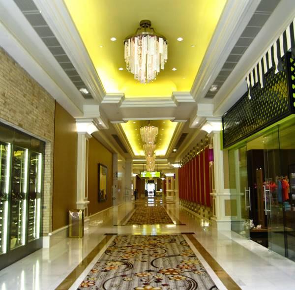 hành lang khách sạn 5 sao