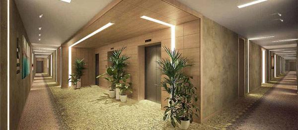 Trọn cảnh hành lang giữa các căn phòng đến khu vực chờ thang máy