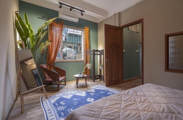 Phòng ngủ Satory Homestay tiện nghi, mát mẻ
