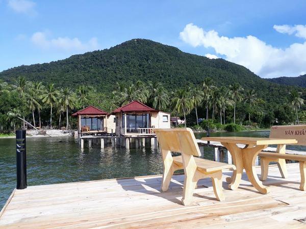 Banana Homestay Phú Quốc được xây dựng trên biển
