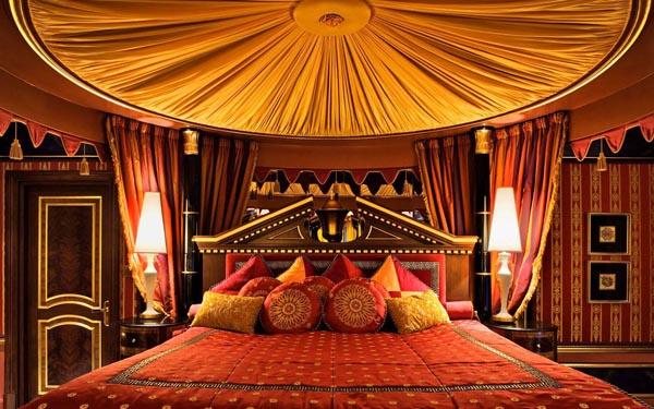 Một góc nhỏ trong căn phòng Royal Suite