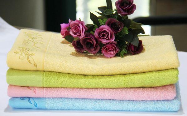 Khăn tắm khách sạn bị ẩm mốc: 3 cách giải quyết ngay vấn đề