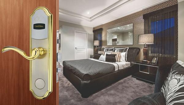 Khóa cửa kiểm soát tốt các hoạt động trong khách sạn
